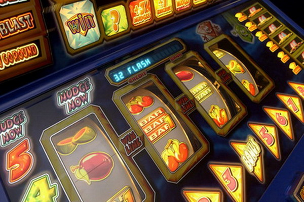Клондайк-игровые-автоматы вулкан игровые автоматы играть онлайн бесплатно piggy bank